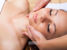 Collagen Lifting Facial