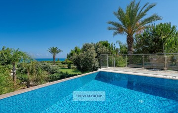 Unobstructed views of the Mediterranean Sea