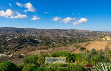 Breath-taking panoramic views of the valley and distant views of the Mediterranean Sea towards Polis and Latchi