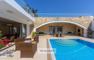 Direct access from the living area to the pool terrace
