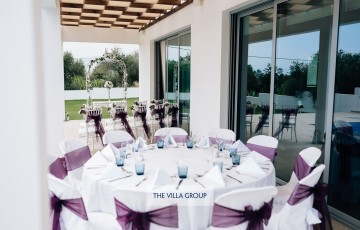 Wedding ceremony and reception at the villa